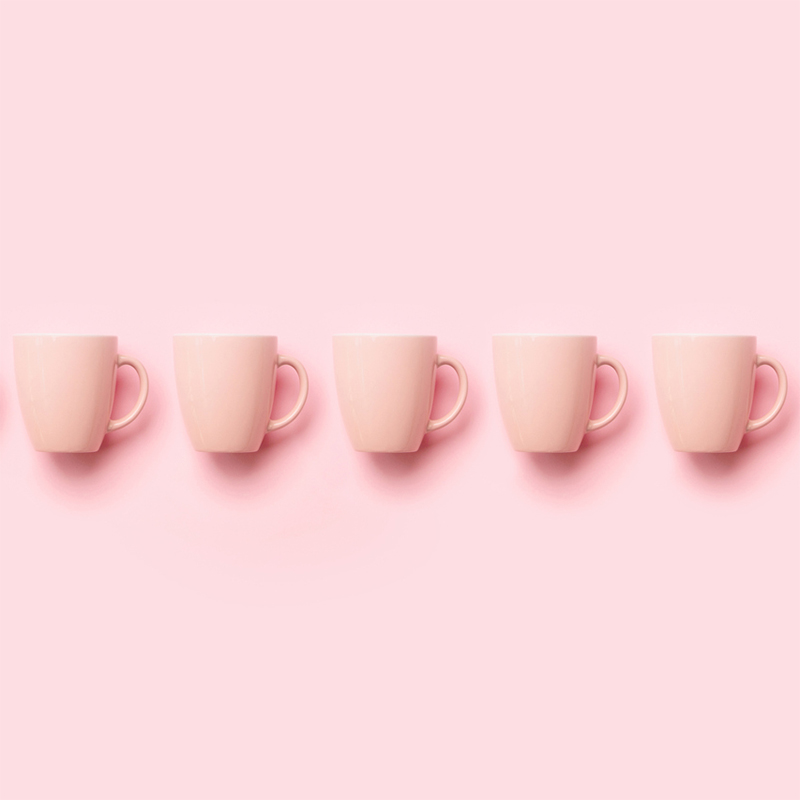 Row-with-pink-cups